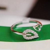 Free Shipping 1pc 2014 New Cute Small jewelry rings love hearts adjustable blade ring girl gifts