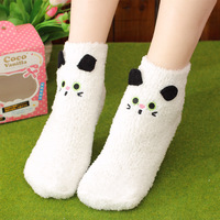 (2Pairs/Lot)Trophonema circle floor socks three-dimensional cartoon embroidery thermal coral fleece towel socks