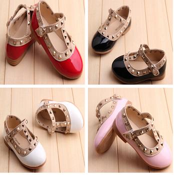 2015 новые девушки сандалии дети сапоги дети заклепки pu обувь 4 цвета свободного покроя сандалии в течение 2-6 лет девочки , бесплатная доставка