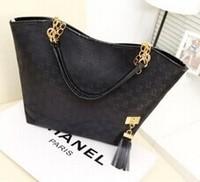 2014 hot new Korean fashion explosion models classic pendant tassel handbag handbag large capacity