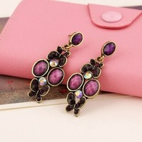 20% discount of 3pcs or more   Palace retro  butterfly earrings