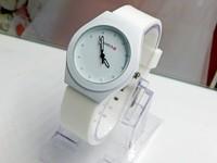 Relojes woman watches  fashion luxury famous top brand tag logo quartz watch women wristwatches sports Silicone Jelly watch