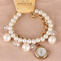 Hot Sale Korean New Casual Girl Decorative Pearl Bracelet Watches,Fashion Luxury jewelry Women dress Leisure Chain Quartz Watch