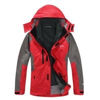 2014 New men's casual outdoor assault Spring windbreaker jacket windproof waterproof outdoor rain jacket Wolfskins