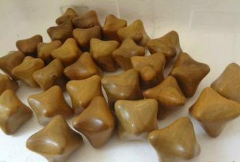 free shipping 2 pcs sandalwood Palms massage ball hexagonal wooden hand massage ball acupuncture massage tool(China (Mainland))