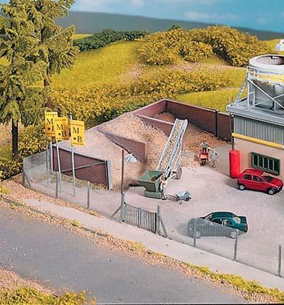 Germany PIKO model train building Main-Beton storage battlefield 61132(China (Mainland))