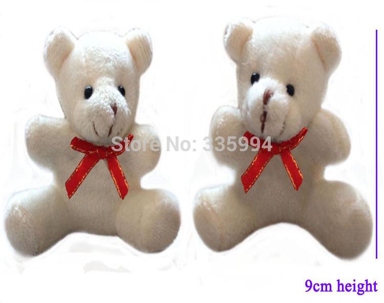 Frete ShippingSitting 9 cm Phnom Penh tie ursos Cubs bouquet bonecas pacote bebê boneca dos desenhos animados bouquet atacado(China (Mainland))