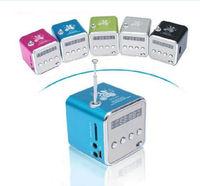Portable HIFI Mini Speaker MP3 Player Amplifier Micro SD TF Card USB Disk Computer Speaker with FM Radio V26