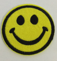 1 pcs  Embroidered  ( Smile Face  )   Sew On Iron on patches Applique Badges~DIY  cloth accessory