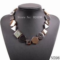 2015 new design fashion high quality brand chunky statement bib unique alloy gold necklace for women wholesale party jewelry