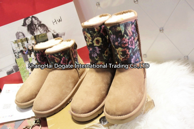 Hot sale winter fashion Int'l Brand snow boots 1007520 ankle boots and 1007521 betas Australian genuine sheepskin and 100% wool,(China (Mainland))
