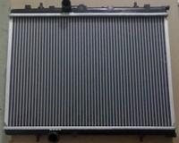 New OEM 25310-2F010 Radiator 02 AT