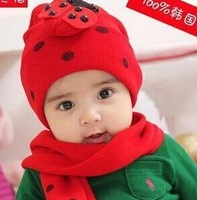The ladybird beetle cap / Hat Scarf two piece suit CA047