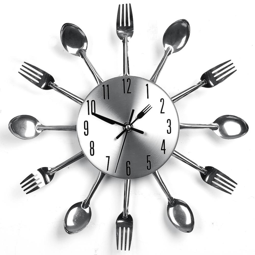Оригинальные настенные часы для кухни