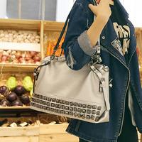 Fashionable Rivet handbag shoulder bag Messenger bag c01-109 factory direct sale