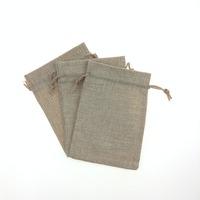 Qumei 50pcs Natural Color Jute Bag Drawstring burlap bags Gift Candy Beads Bags for Storage/ Wedding Decor can customize logo