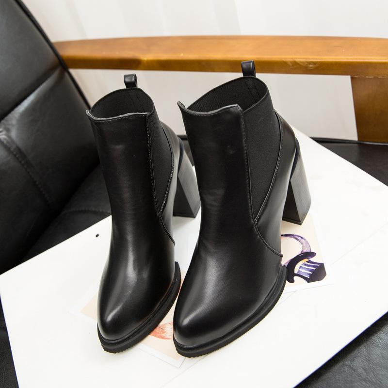 Женские ботинки 888