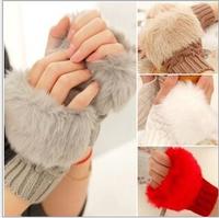 1 Piece Women Winter Gloves Fashion Arm Warmer Fingerless Gloves, Knitted Fur Trim Gloves Mitten