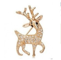Fashion High Quality Exquisite Sika Deer Brooch Shining Rhinestone Jewelry (Gold)