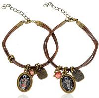 Trendy European and US  Lovers Open  Bracelet for women and men