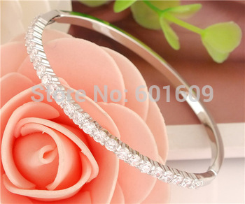 Бесплатная доставка оптовая продажа 1 шт. 925 стерлингового серебра блеск цирконий ...