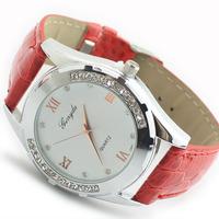 New Quartz Wristwatch Upscale Female Rhinestone Dress Watch Analog Alloy Round PU Leather Simple Fashion watches