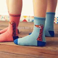 2014 new retro neutral giraffe lovers socks and cotton socks in tube socks brand