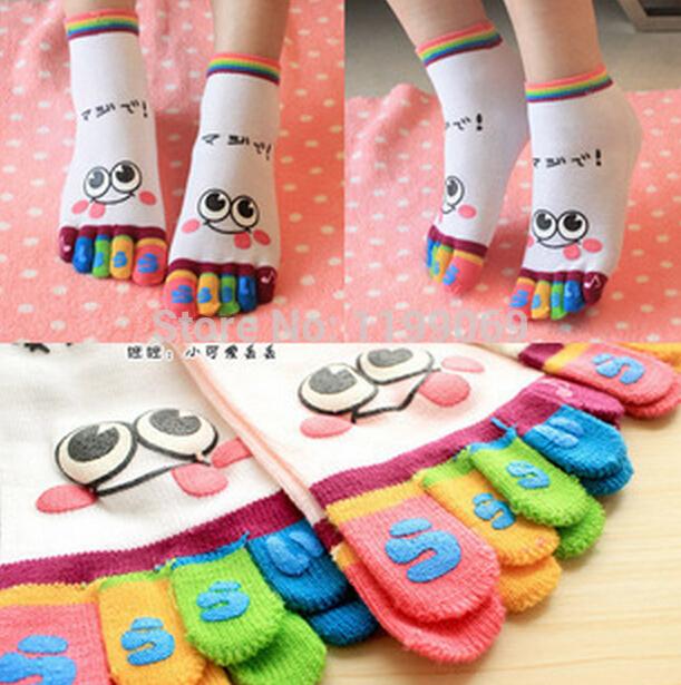FD1168 Unique Smile face Rainbow Women Girls Five Finger Toe Cotton Socks Random 1 Pair(China (Mainland))