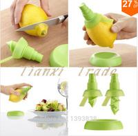 2pcs/set orange mini Squeezer Hand Juicer Lemon Juice Sprayer Citrus Spray Practical household