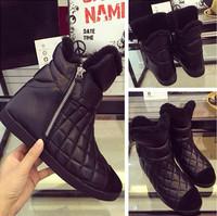 2015 Autumn Winter Fashion Black Plaid Genuine Leather Boots Flat Ankle Boots Warm Fur Boots Botas Femininas Shoes Woman