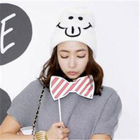 Cute  Smiley Character Korea  Knitted Hat Female Korean Autumn Women Funny Winter Hats Knit Cap Pom Pom Skullies & Beanies