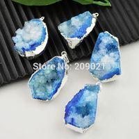 Finding - 5pcs Blue Color Druzy Quartz Geode Charm Pendant Silver plated Edge Jewelry making