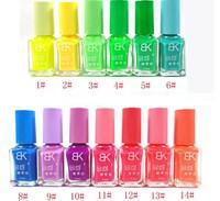 5PCS/SET 7ml Fluorescent Neon Luminous Nail Polish Glow in Dark Nail Varnish Candy Color Non-toxic Art Nail Polish For Lady Girl