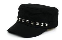 Hot Sale Fashion Hot Sale Baseball Caps Hats Black Color Rivet Casual Hats Adjustable Hats For Unisex Adults