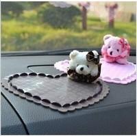 auto supplies bear doll car slip-resistant three-dimensional heart slip-resistant pad mobile phone pad