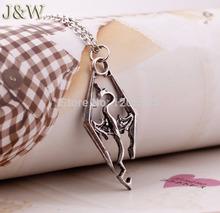 The Dinosaur Pendant Necklace Skyrim Elder Scrolls Dragon Pendants Vintage Necklace for Men Women Jewelry