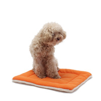 Hot Cat Dog Mat Bed Newest Soft Cotton Warm Wholesale Solid Colors Small Carpet Cheap Air Conditioning Pad Pet Products M L Size