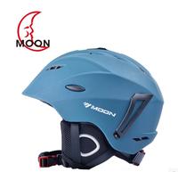 Ultralight Integrally molded Protective Gear Ski Helmet Mens Professional Snowboard safety Helmet Skateboard Capacete Casco