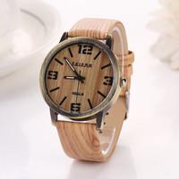 Fashion Watches Quartz Hours Women Dress Watch Casual Luxury Clock Lady Wristwatches Sports Men Big Dial Face Watch XR605