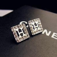 2015 newest Fashion jewelry bijoux .beautiful brand earrings.letter stud earring.best jewelry