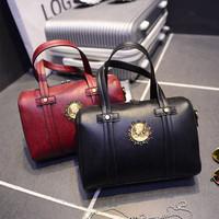 The new fashion brand handbag shoulder bag portable belt Boston ladies bags wholesale market