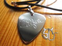 Free shipping super guitarist Zakk wylde  signature stainless steel handmade pick  necklace for women men