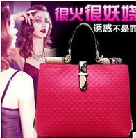 2015 new female bag England fan noble fashion woven grain single shoulder bag oblique Handbags