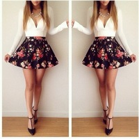 2015 European and American style Autumn long-sleeved black and white low-cut floral mini dress