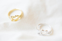 1 Piece R72 New Fashion Design Ancient Cupid Arrow and Heart Shaped Alloy Metal Finger Ring