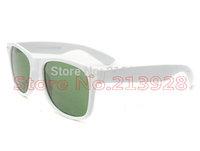 2pcs Men's Women's Designer Brand Sunglasses Outdoor travel Sun Glasses White Frame 50mm Green Glass lenses Excellent quality