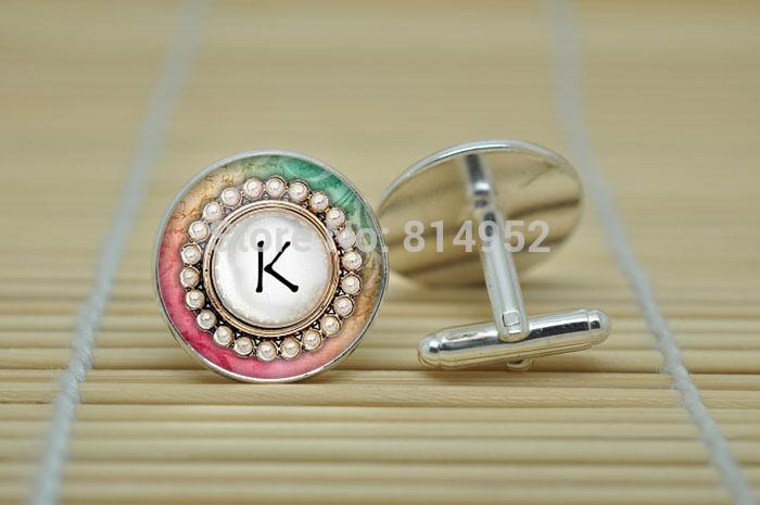 1 par da letra K jóias carta abotoaduras iniciais em prata de vidro cabochão abotoaduras C1429(China (Mainland))