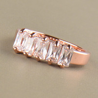 2015 New Style Wedding Rings 18K Rose Gold Plated Full Crystal and Clear Zircon Rings Female Statement Jewelry Accessories