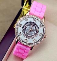 2015 Wholesale New Women Watch Quartz Fashion Lady Silicone Rhinestone watches Geneva Casual Watch Women Dress Wristwatch