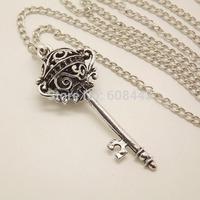 NQ021 Antique Silver Hollow Key Pendant Long Chain Vintage Necklace Jewelry bijouterie for Women Girls
